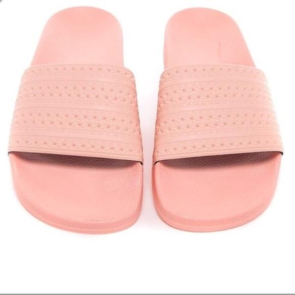8349c8fde281 Adidas pink slides
